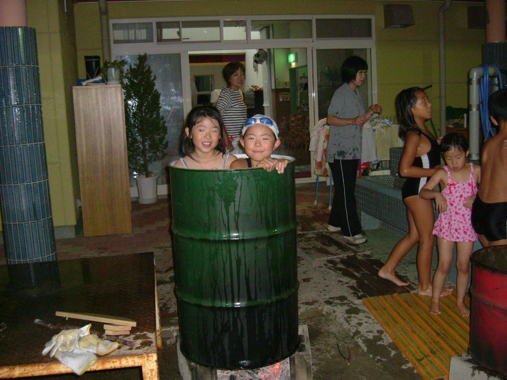 jsドラム缶風呂 裸 ドラム缶風呂 ...